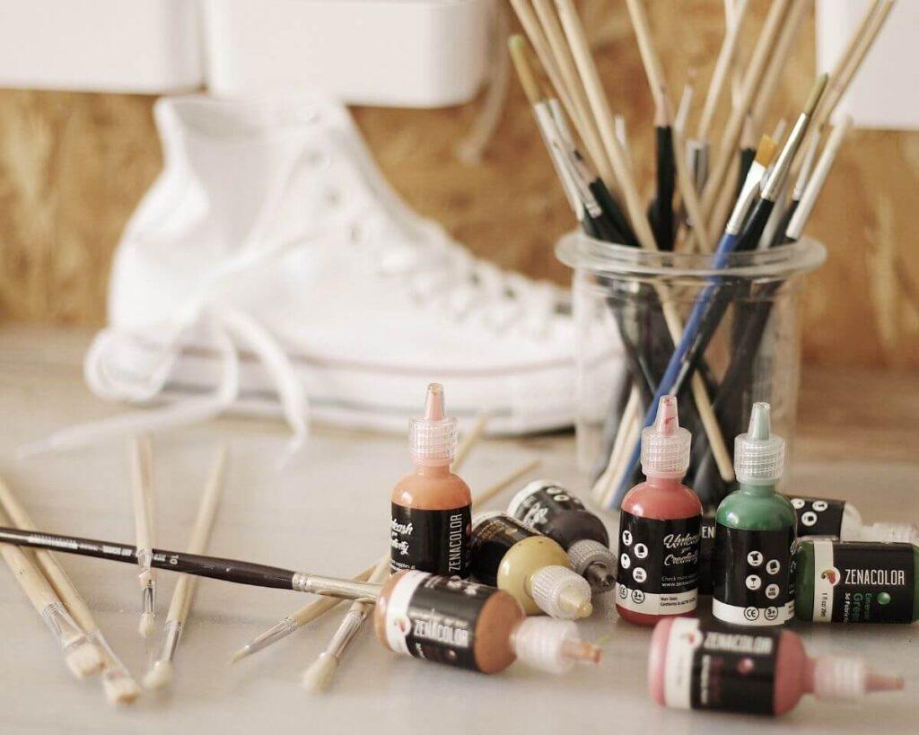 Schuhe mit stofffarbe bemalen
