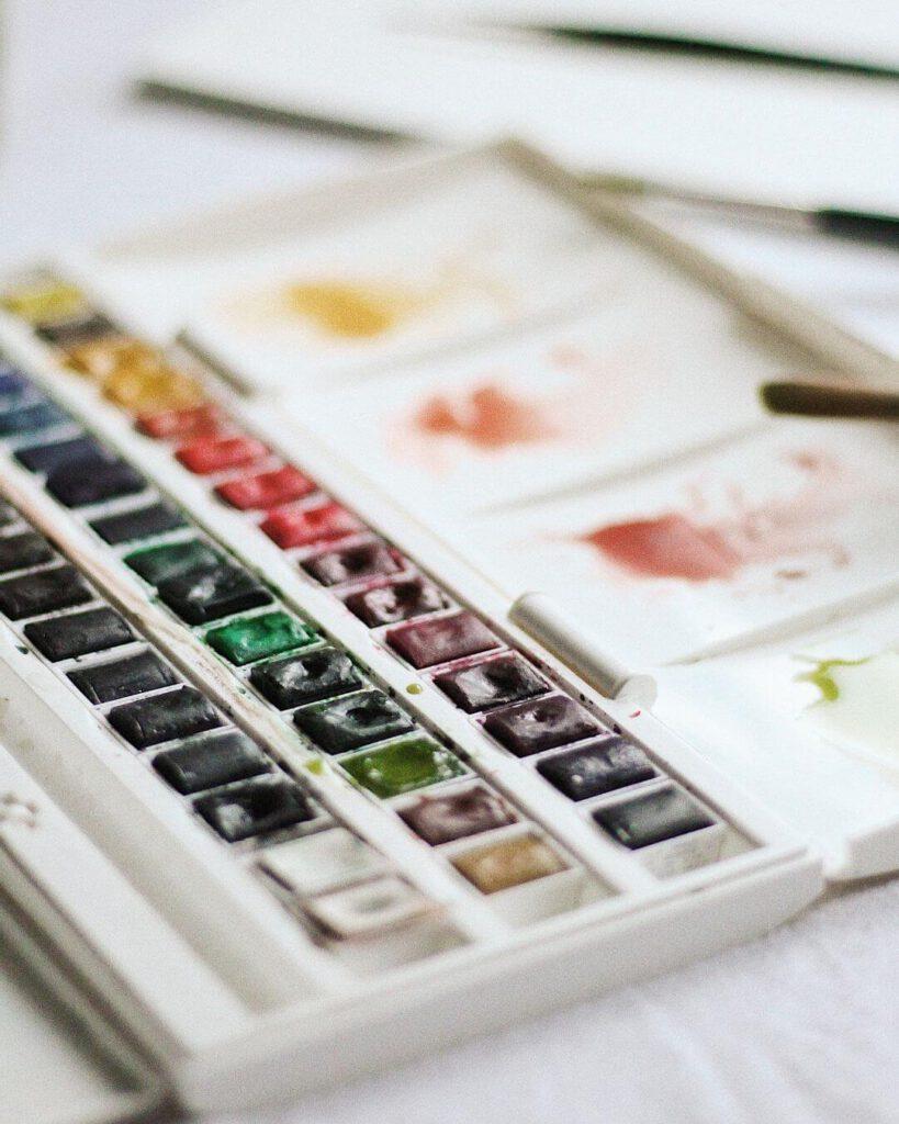 Aquarellfarbkasten-zum-malen